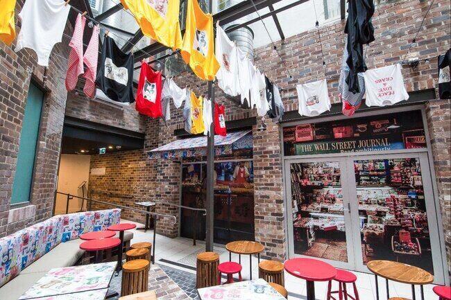 Courtyard of Veriu Central contaiing Harry's Dumpling House